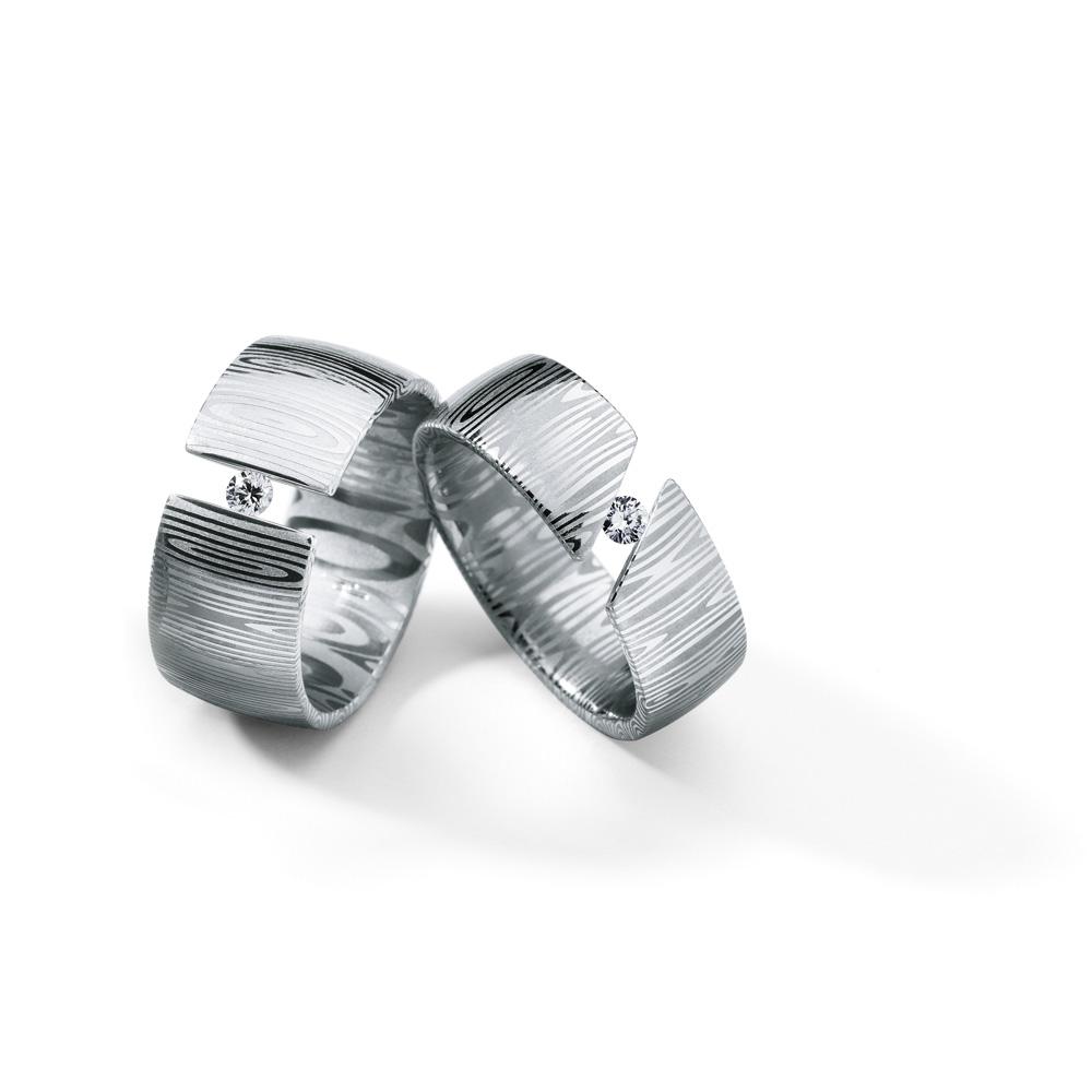 Juwelier Hans Press Schmuck Diamantringgruppe Damast
